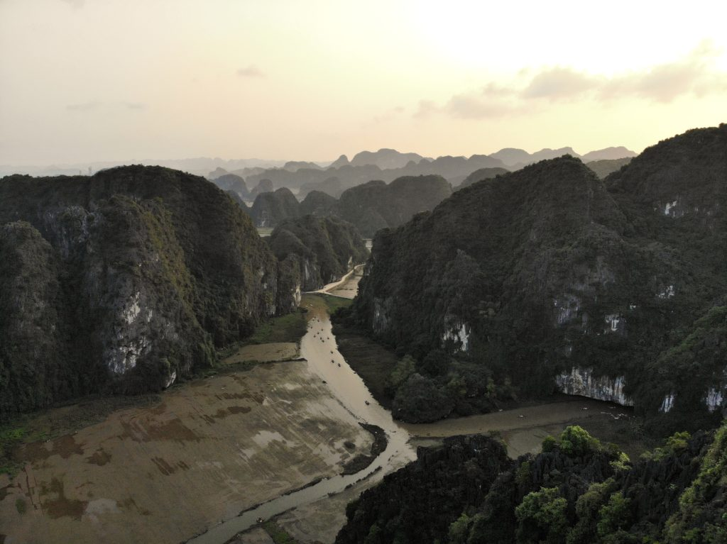 Mue cave viewpoint