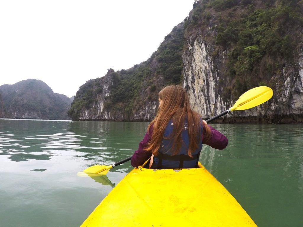 halong bay canoeing