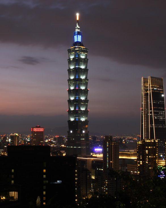 Elephant mountain Taipei 101 sunset