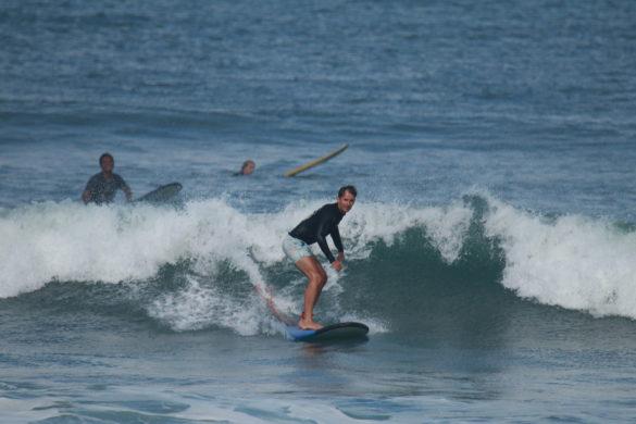 canggu beach surfing